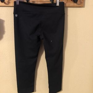 Fabletics cropped leggings NWOT SMALL